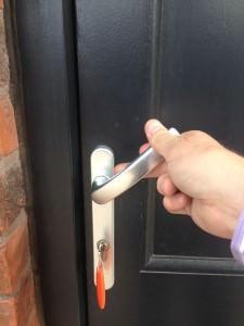 Closing the front door